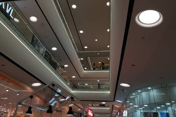 decorative led lighting in mall